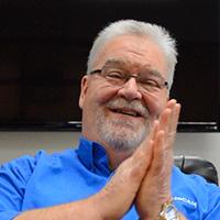 ManuFeaturing: Bob Holbrook